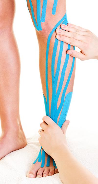 Unterstützen Sie Ihre Muskulatur und behandeln Sie Schmerzen mit dem Kinesiotape
